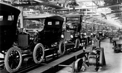 Moving assembly of the T-Ford in 1924
